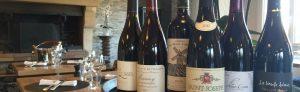 tonneau avec bouteilles de vins
